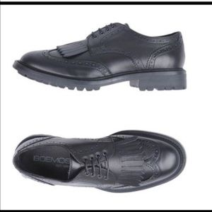 BOEMOS lace up black Italian leather Oxford shoes